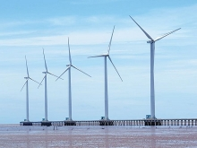 investors eye wind power development in soc trang