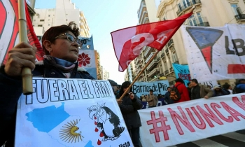 argentina seeks emergency release of 50bn in imf funds amid financial crisis