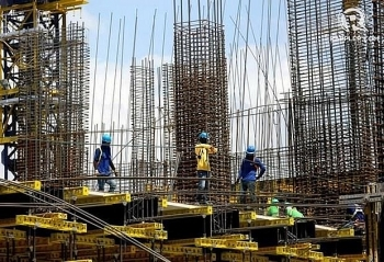 philippines economy shows lowest growth in four years