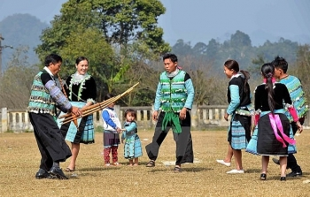hmong pan pine festival opens in ha giang