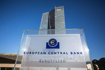 ecb keeps key interest rate at record low