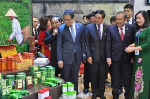 caexpo helps boost vietnam china trade ties