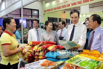 vietnamese goods hanoi fair 2017 kicks off