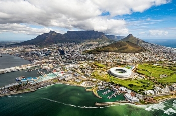 south africas economy falls into recession as q2 output retreats 07 pct