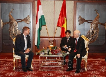 bringing vietnam hungary traditional friendship and multifaceted cooperation to new heights