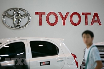 toyota lifts 2018 global production plan to record 1059 mil units