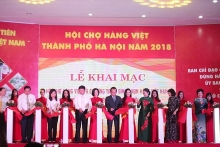 vietnamese goods fair kicks off in hanoi
