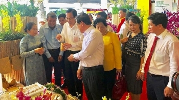 agricultural product trade fair opens in ho chi minh city