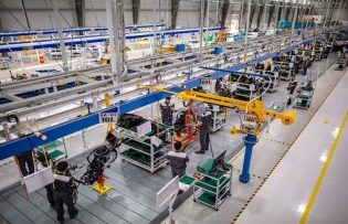 vinh long province attracts automobile support industry projects