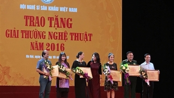 vietnam stage artists association marks its 60th anniversary