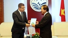 vietnam hungary step up ict cooperation