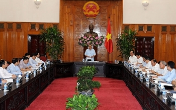 pm nguyen xuan phuc works with petrovietnam
