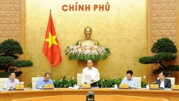 high economic growth inflation under control government meeting