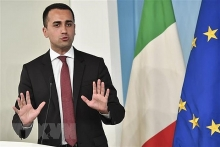 italy sets budget deficit goal at 24 pct of gdp