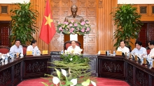 pm asks ninh thuan to boost development of sea based economy