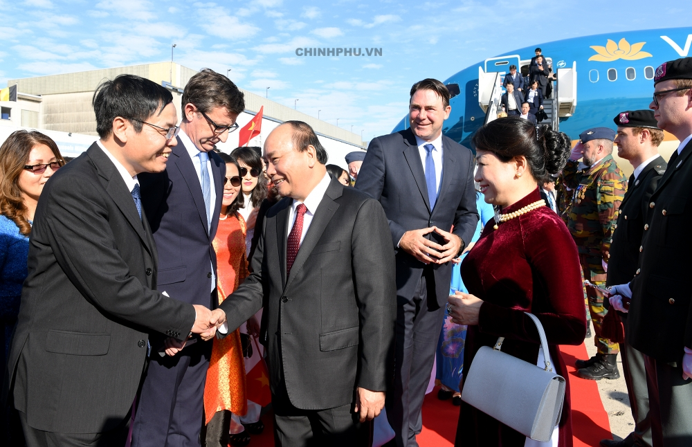 prime minister nguyen xuan phuc arrives in brussels