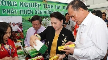 staples of 20 localities showcased at ocop fair in hai duong
