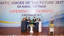 apec 2017 voices of the future opens in da nang