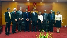 shell looks forward to strengthen cooperation in oil and gas with vietnam