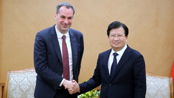 deputy pm vietnam to facilitate siemens for investment projects