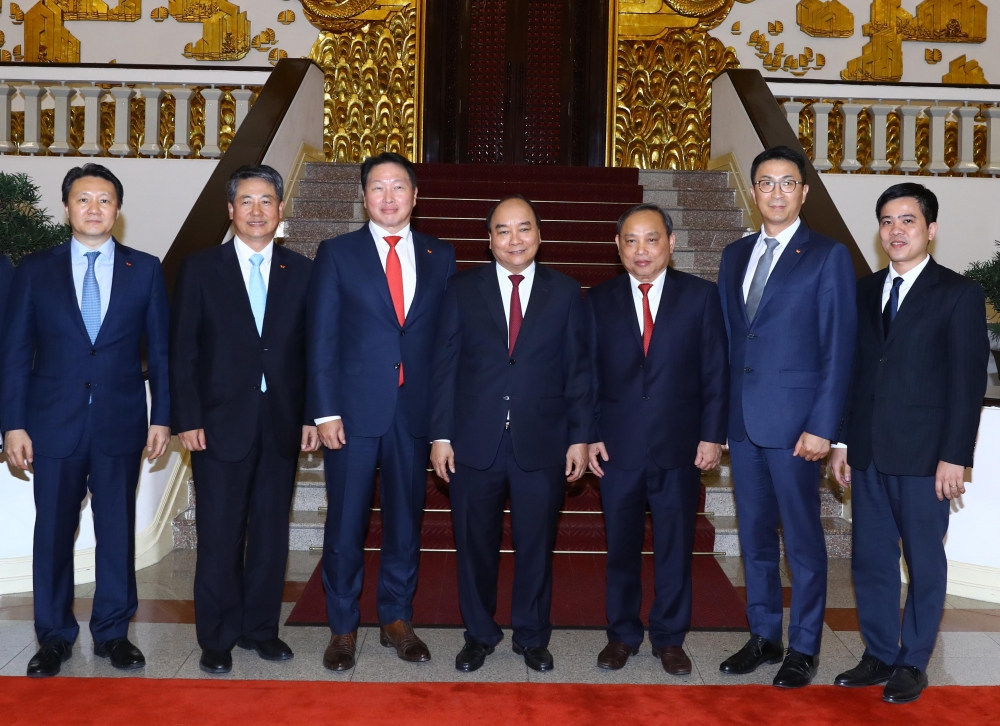 pm calls on korean investors to expand operations in vietnam