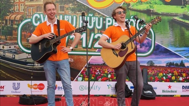 dutch culture introduced at festival in can tho