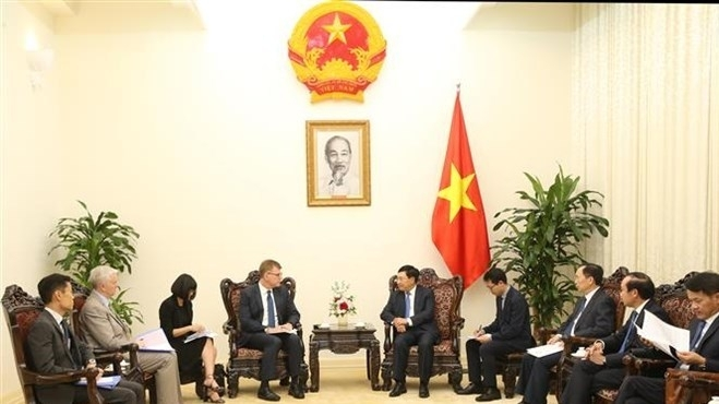 adb urged to help vietnam get access to preferential loans
