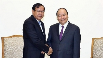 pm applauds development of vietnam cambodia relations