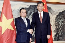 vietnam china seek to step up financial cooperation