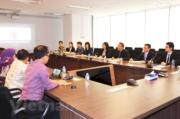 vietnam indonesia step up cooperation in financial supervision
