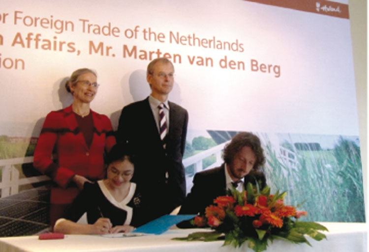 vietnam netherlands promote trade investment cooperation