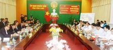 vinh long cambodias banteay meanchey boost cooperation