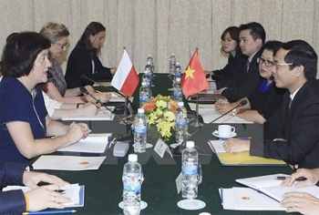 poland supports vietnams stronger ties with eu