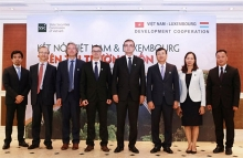 connecting vietnam luxembourg stock markets