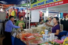 150 businesses join industry agro trade fair in binh thuan