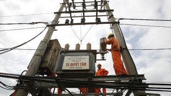 vietnam makes power price hike ahead of year end production rush