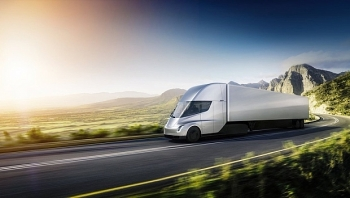tesla secures big order for its electric trucks from anheuser busch