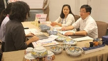 japanese firms showcase their consumer goods to vietnamese customers