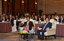 vietnam cambodia pms attend business forum