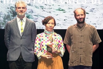 vietnamese female director honoured at singapore film festival