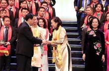 best vietnamese firms honored with gold star award