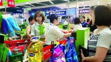 vietnamese goods conquer supermarkets after decade long campaign