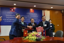 vietnam laos sign energy cooperation deals