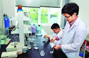 private international resources sought for science and technology