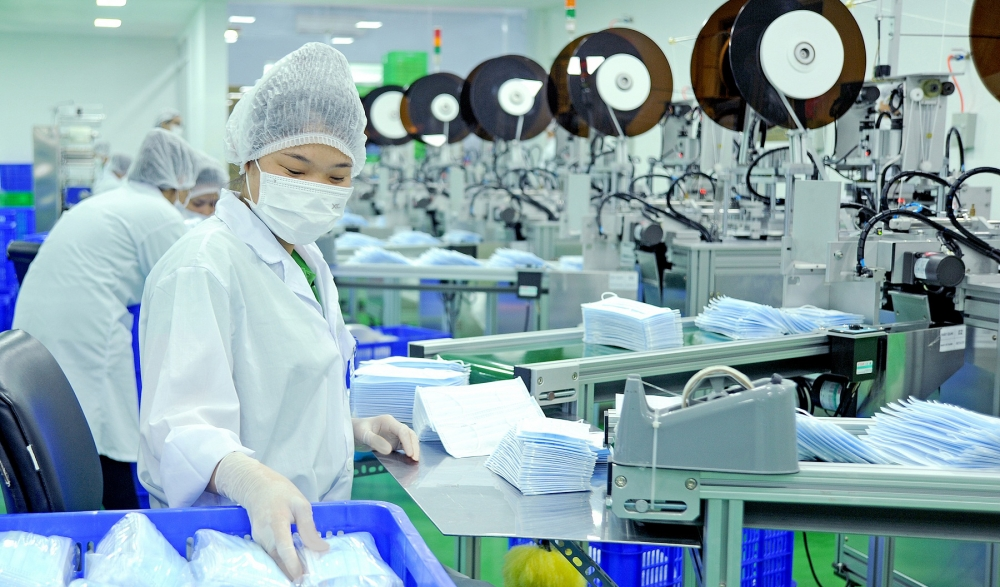 vietnam looks ahead to economic recovery after pandemic is controlled
