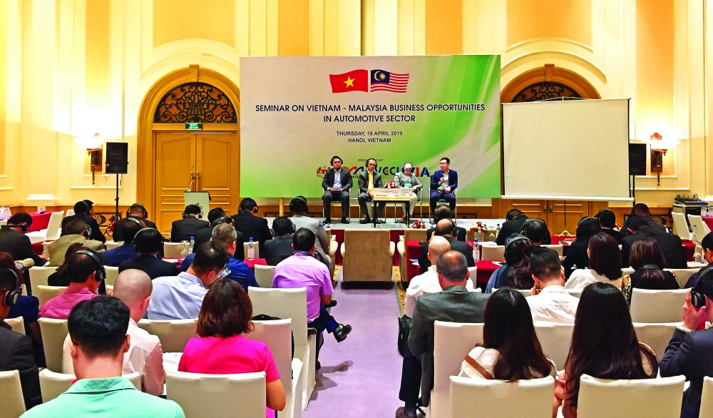 malaysians seek auto investment opportunities in vietnam