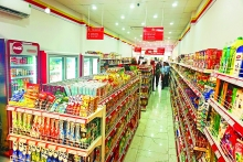 much vietnamese retail still traditional but digitalization offers solutions