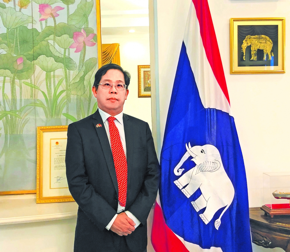 vietnam thailand tighten cooperation as strong asean partners