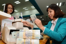 bank shares surge on securities market