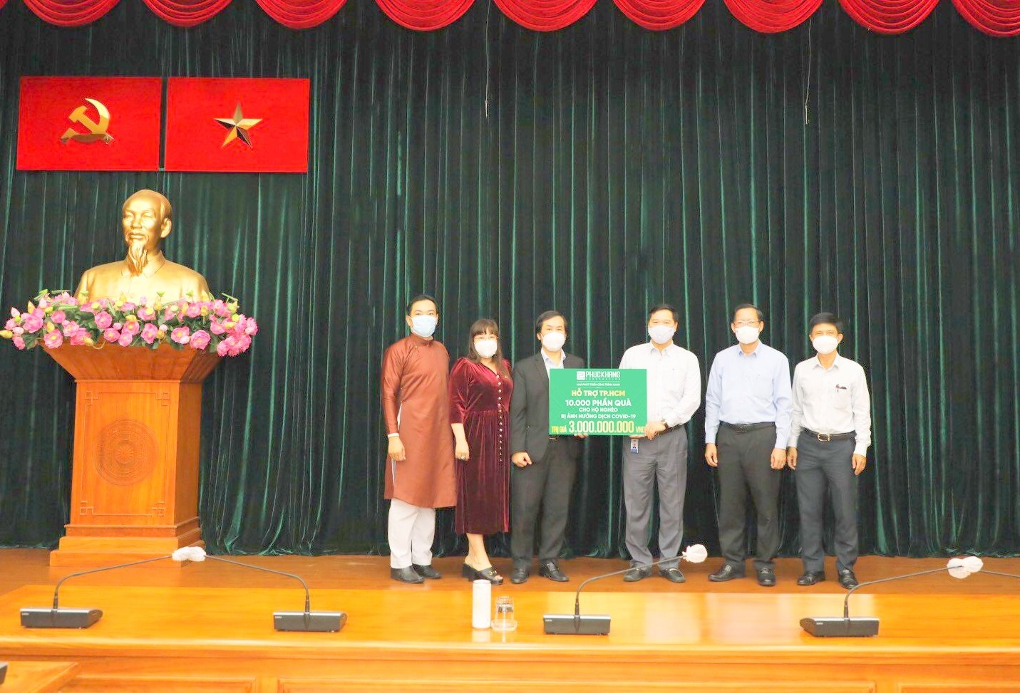 phuc khang corporation donates vnd3 billion to covid 19 affected people